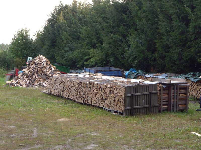 brennholzhandel so findet man den richtigen. Black Bedroom Furniture Sets. Home Design Ideas